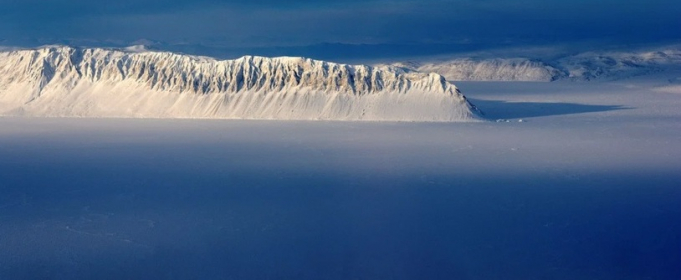 В Канаде обрушился последний шельфовый ледник
