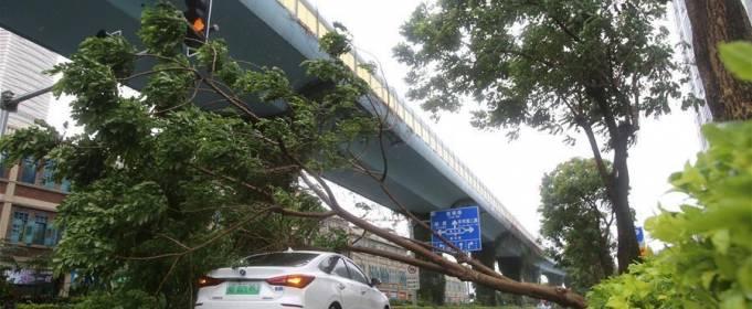 На Китай обрушился тайфун Мекхала