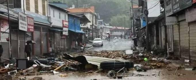 В Китае тысячи людей эвакуируются после наводнения