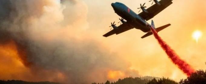 В Калифорнии продолжаются масштабные лесные пожары