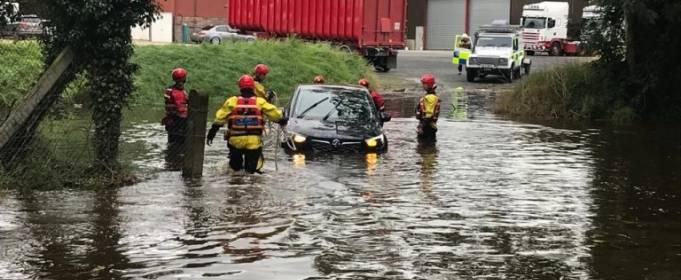 Шторм Фрэнсис вызвал наводнения в Ирландии и Великобритании