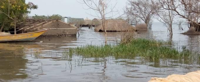 Разлив озер вызвал наводнение в Уганде