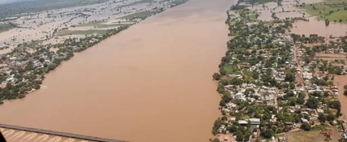 24 человека погибло и 11 тысяч спасены после наводнения в центральной Индии