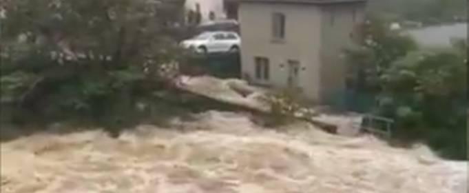 Жители 17-ти домов были эвакуированы из-за наводнения в Ирландии