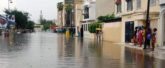 В Сенегале объявлено чрезвычайное положение после масштабных наводнений