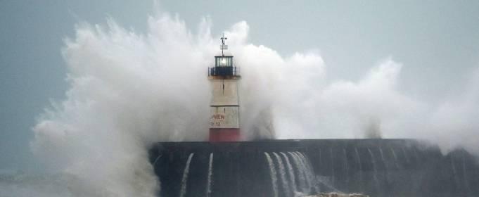 Чи вистачить для ураганів імен?