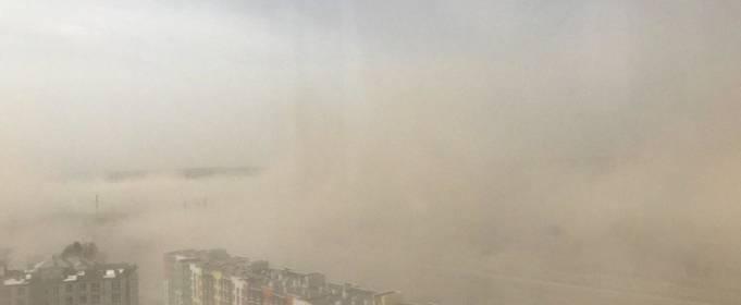 Повітря в Києві, як і раніше, забруднене
