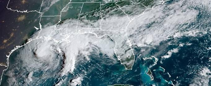 Тропический шторм «Бета» медленно приближается к Техасу