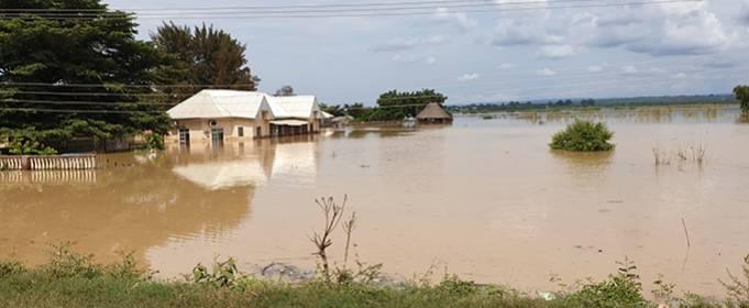 Масштабное наводнение в Нигерии после разлива реки Нигер