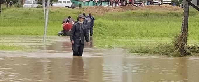 Сильные дожди вызвали смертельные наводнения в Индии