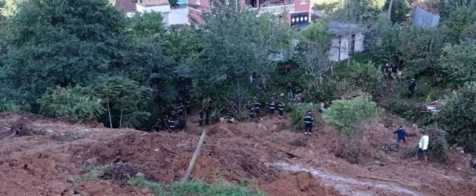 В Аджарии сошли массивные оползни, погибли 6 человек