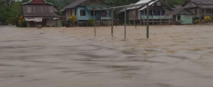 На Індонезію обрушилися сильні дощі