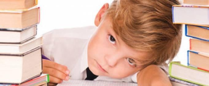 Dziecko źle się uczy: 5 sposobów na odzyskanie dobrych ocen