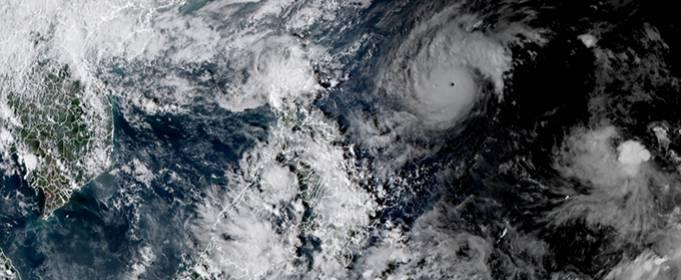 Тайфун «Гони» быстро усиливается и становится самым сильным ураганом на Земле в году