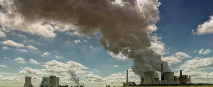 Ядовитый воздух и желтая лихорадка: Украину ждет неутешительное будущее