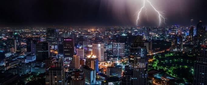 В Австралии от удара молнии пострадали 15 человек