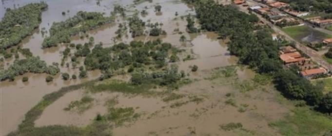 Южную часть Бразилии накрыли смертельные наводнения