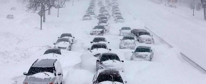 ВІДЕО. Наслідки потужного снігопаду в Японії