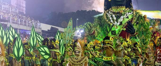 Карнавал в Рио-де-Жанейро отменили впервые за 109 лет