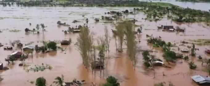 ВІДЕО. Циклон «Елоіз» викликав повінь у Південній Африці