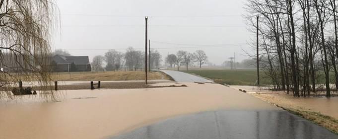 На юго-востоке США после проливных дождей началось наводнение