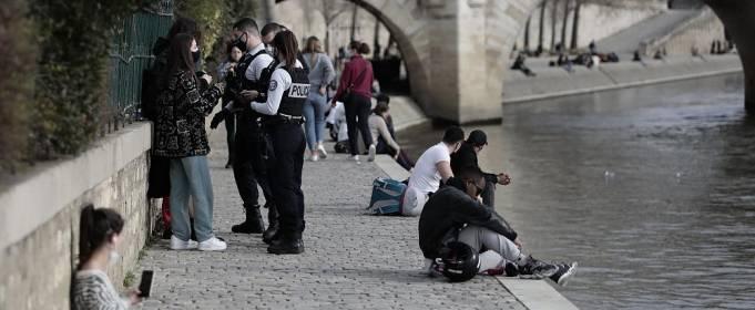 Париж обещают не закрывать