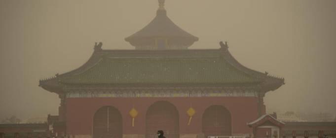 ВІДЕО. Найсильніша піщана буря накрила Китай і Монголію