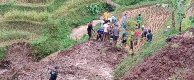 Повені та зсуви знову торкнулися індонезійського острова Ява