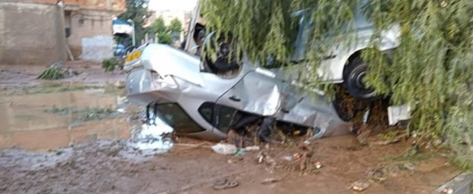 Сильные наводнения затронули некоторые районы северного Алжира