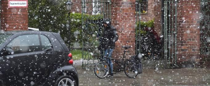 Контрасты немецкой погоды: 7 мая в Берлине выпал снег