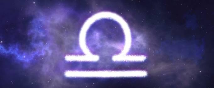 Любовный гороскоп на август: Весы