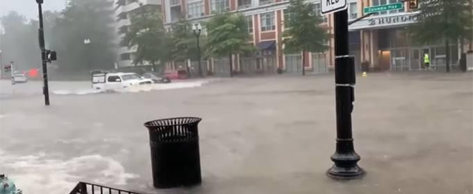 ВИДЕО. Непогода обрушилась на штат Алабама, США